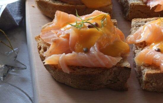 crostone con salmone